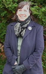 Randee Humphrey, board member of the Flora of Virginia Project Foundation.