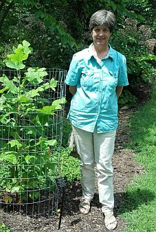 Sally Anderson, board member of the Flora of Virginia Project Foundation.